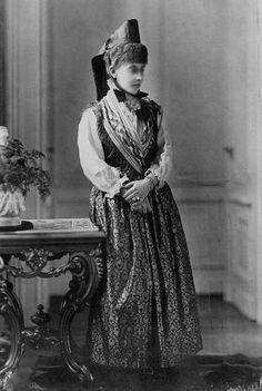 Princess Charlotte (Viktoria Elisabeth Auguste Charlotte) (24 Jul 1860-1 Oct 1919) Germany by unknown photographer. Wife of Duke Bernhard III (1 Apr 1851-16 Jan 1928) Saxe-Meiningen, Germany.