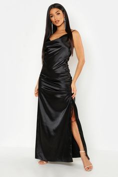 black maxi dress Dresses are the most-wanted wardrobe item for day-to-night dressing. From cool-tone whites to block brights, we've got the everyday skater dresses and party-ready bo Silk Satin Dress, Ruched Dress, Satin Dresses, Elegant Dresses, Gowns, Boho Dress, Dress Up, Dress Skirt, Bodycon Fashion
