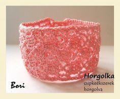 Bori - rózsaszín horgolt karkötő