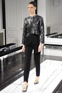 Balenciaga RTW Fall 2013 - Slideshow - Runway, Fashion Week, Reviews and Slideshows - WWD.com