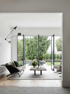 6x tips om alles uit een interieur met veel ramen te halen