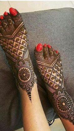 Dulhan Mehndi Designs, Mehandi Designs, Leg Henna Designs, Wedding Henna Designs, Engagement Mehndi Designs, Mehndi Designs Feet, Latest Bridal Mehndi Designs, Mehndi Designs Book, Mehndi Designs For Beginners