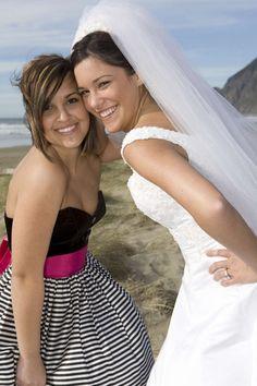 Treuzeugen sind – gleich nach dem Brautpaar – die wichtigsten Personen auf einer Hochzeit. GLAMOUR gibt Tipps, damit Sie als Trauzeugin nichts vergessen