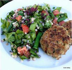 """cookvalley - tanker om mad: """"Karbonader"""" med urter og grønt fra haven"""