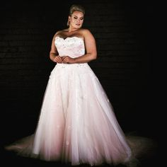A strapless plus size wedding dress can be custom designed and created for you exactly the way you want. We specialize in custom #plussizeweddingdresses that are made to a brides personal style & taste. If your dream gown is discontinued or out of your price range you can also request us to make a #replicadress for you that looks the same but cost much less. get pricing at www.dariuscordell.com/