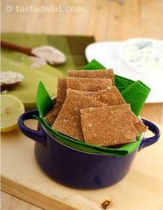 रागी और ओटस् के क्रैकर्स की रेसिपी , Ragi and Oat Crackers Recipe In Hindi Oat Crackers Recipe, Healthy Crackers, Savory Snacks, Baby Food Recipes, Indian Food Recipes, Cooking Recipes, Snack Recipes, Flour Recipes, Ragi Recipes