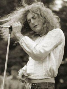 Led Zeppelin: Robert Plant, all golden and godly in Melbourne, 1972