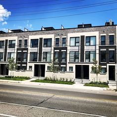 Another completed townhome community in Toronto! Building Design, Building A House, Cafe Branding, Commercial Construction, Group Of Companies, Bath Design, Investment Property, Townhouse, Toronto
