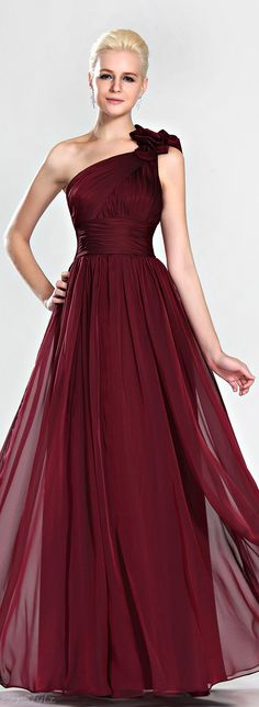 Christmas collection Collection of Evening Dresses by Tony Bowls (13)