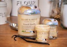 Vaniglia Francese La crema alla vaniglia dolcemente morbida si unisce alla note profumate del caramello per dare a questa fragranza una nota continentale.
