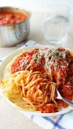 wegetariańskie spaghetti z soczewicą Banoffee Pie, Vegetarian Recipes, Healthy Recipes, Yummy Mummy, Bento, Spaghetti, Clean Eating, Veggies, Vegan