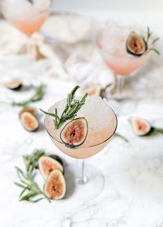 .. fresh fig & lavender spritz ...
