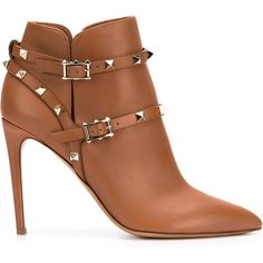 Valentino Garavani 'Rockstud' boots (19,605 MXN) ❤ liked on Polyvore featuring shoes, boots, brown, valentino shoes, pointy toe boots, valentino boots, genuine leather boots and high heels stilettos