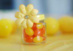 Baby food jar party favors baby-girl-shower-ideas