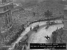 Yooniq images - Immense crowds fill Trafalgar Square to see the Royal Wedding procession of Princess Elizabeth (Queen Elizabeth II) and Prince Phlip, Duke of Edinburgh at Westminster Abbey on 20 November 1947.