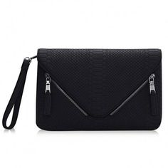Yoins Yoins Snake Effect Envelope Clutch Bag (40 BAM) ❤ liked on Polyvore featuring bags, handbags, clutches, black, black leather handbags, black leather clutches, black purse, leather clutches and black handbags