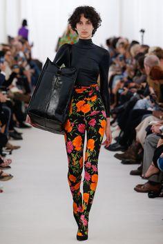 Balenciaga   Spring 2017 Ready-to-Wear collection   RTW fashion   Model: Renata Scheffer