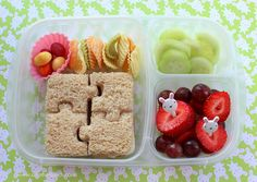 Mistakes Parents Make Packing Lunch for Kids - How to make a healthy lunch for kids - school lunch ideas - Christy Brissette media dietitian 80 Twenty Nutrition Toronto and Los Angeles Bento Box Lunch For Kids, Lunchbox Ideas, Bento Kids, Lunch Boxes, Packing School Lunches, Packing Lunch, Packing Tips, Diabetic Recipes, Healthy Recipes