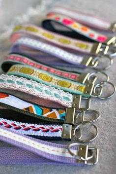Love this! wristlet key fob. #DIY #gift $1.00 to make!!