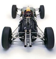 """the-stig: """"jacqalan: """" Lotus 25 Climax . 1962 """" So much love for Lotus' red steering wheels and the Coventry Climax script on the nose & cylinder heads. Classic Sports Cars, Classic Cars, Classic Auto, Lotus F1, Chasing Cars, Formula 1 Car, Slot Car Tracks, Vintage Race Car, Automotive Art"""