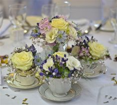 Wedding Flowers Blog: Lauras Vintage, English Country Garden Wedding Flowers, Marwell Hotel