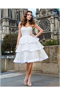 Ball Gown Sweetheart Knee-length Organza Wedding Dress