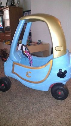 The 20's Life.....Princess Carriage Cozy Coupe