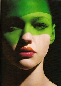 Colour blocking for the face. Sasha Pivovarova