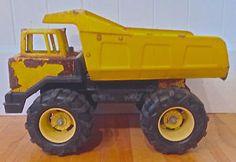 Vintage 1970 Collection. Jouet ancien. Camion TONKA acier pressé Lévis…