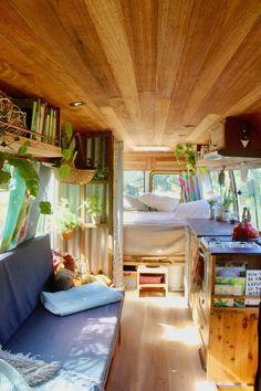 Tiny House Loft, Tiny House Living, Tiny House On Wheels, Tiny House Design, Tiny Houses, Camper Interior Design, Campervan Interior, Interior Ideas, Volkswagen Bus Interior