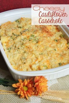Cheesy Cauliflower Casserole - This casserole combines fresh cauliflower with a creamy ranch sauce and cheddar cheese, and then topped with panko bread crumbs and Parmesan. Trim Healthy Mamas (THM) this is an S!