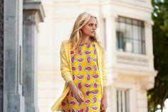 Ameba Yellow Dress de Compañía Fantástica Spring/Primavera 2015