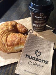ローカルのコーヒーチェーンで朝ご飯