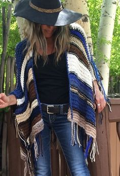 Knitting Patterns Women Hip Length Knitted Womens Bohemian Festival Hippie Beach Poncho Cape Shawl ('For Jayne') Poncho Shawl, Knitted Poncho, Knitted Shawls, Crochet Shawl, Knit Crochet, Boho Chic, Mode Boho, Estilo Boho, Hippie Style