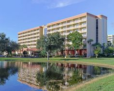 The Comfort Inn Orlando-Lake Buena Vista hotel in Orlando, FL is minutes from Walt Disney World, SeaWorld Orlando and Universal Orlando. Book your room now!