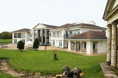 A large #mansion with impressive #architectural #complex. Check more at www.northcarolinahomes.com