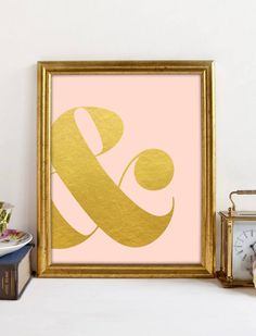 Gold ampersand on a soft pink background, a chic and classy look for your walls. Printable art.  This is an INSTANT DOWNLOAD of 1 digital JPEG file.  One 8X10 JPG file - high resolution with 300 DPI  This is not a physical product to be mailed to you, so you can immediately download it and have it framed and up on your wall in no time!  I provide you with a simple but very high quality JPEG, so there's no need to worry about extracting a compressed or zipped file.  If you have any questions…