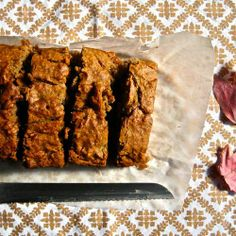 Gluten Free Vegan Avocado Banana Bread | Made Just Right by Earth Balance #vegan #earthbalance