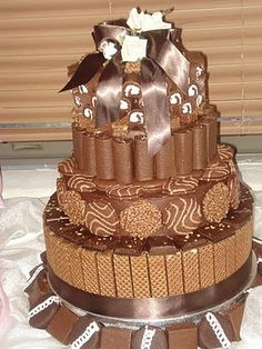 choco cake  Yum and this looks like it would be fun to make!