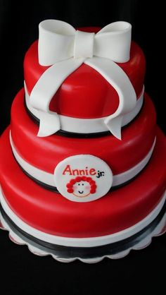 Annie Jr. Cake! Made this for my daughter's drama club cast party ...