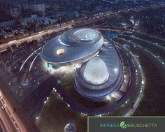 Se vuoi sapere quali oggetti orbitano nello spazio; questo museo fa al caso tuo. 😱😱  L'architettura è stata progettata per riflettere e rivelare oggetti planetari in orbita nello spazio, illuminando i visitatori con un'esperienza intergalattico.  Se vuoi sapere tutti i segreti dell'edilizia unisciti a noi...  www.impresabruschetta.it