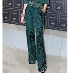 BALMAIN x H&M Green Velvet Silk Trousers NWT Limited edition BALMAIN x H&M green velvet silk trousers NWT. Never worn before and perfect for the holiday season. Balmain Pants Trousers