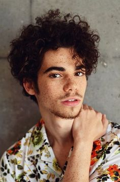 Portrait Photography Inspiration : Cameron Boyce Rest in peace Cameron Boyce, Portrait Photos, Portrait Photography, Nice Photography, Portrait Fotografie Inspiration, Beautiful Men, Beautiful People, Aesthetic People, Face Men