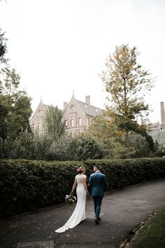 Raffaele Ciuca Real Bride Becky wore our stunning Onesi crepe wedding dress by Pronoviasfor her wedding at the Abbotsford Convent?.