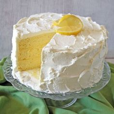 Step-by-step recipe for making a layered lemon chiffon cake. A delicious dessert to make around the holidays and family gathers.