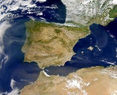 españa y canarias vistas desde el espacio   ... Medio hacen referencia a la geografía física y humana de España