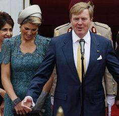 Posted on November 24, 2013 by HatQueen......King Willem-Alexander and Queen Máxima visited Caracas, Venezuela yesterday.