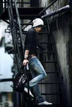 Won Jong Jin (The J) more like J cutie! Asian Men Fashion, Korean Fashion Work, Korean Fashion Trends, Pop Fashion, Fashion Models, Mens Fashion, Street Jeans, Won Jong Jin, Oppa Gangnam Style