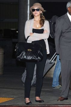 what to wear to airport - Celebrities Airport travelling outfits