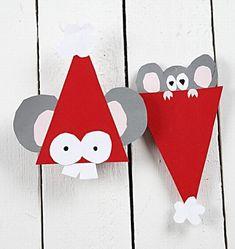 joulutonttu joulutonttu askartelumalleja tonttu - Google-haku Childrens Christmas, Christmas Crafts For Kids, Kids Christmas, Kids Crafts, Christmas Decorations, Christmas Ornaments, Holiday Decor, Reindeer Craft, Santa And Reindeer